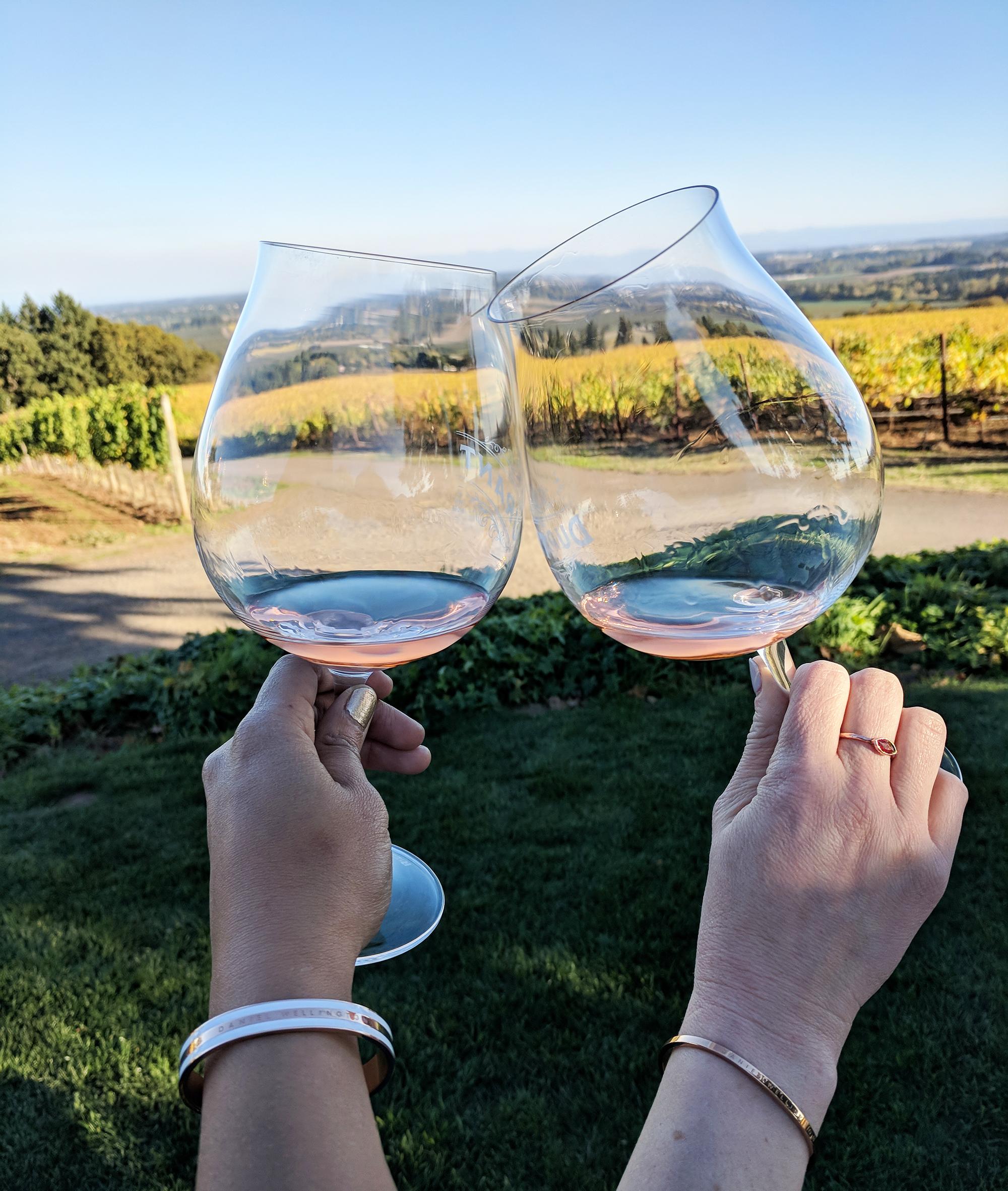 rose tasting vineyard.jpg