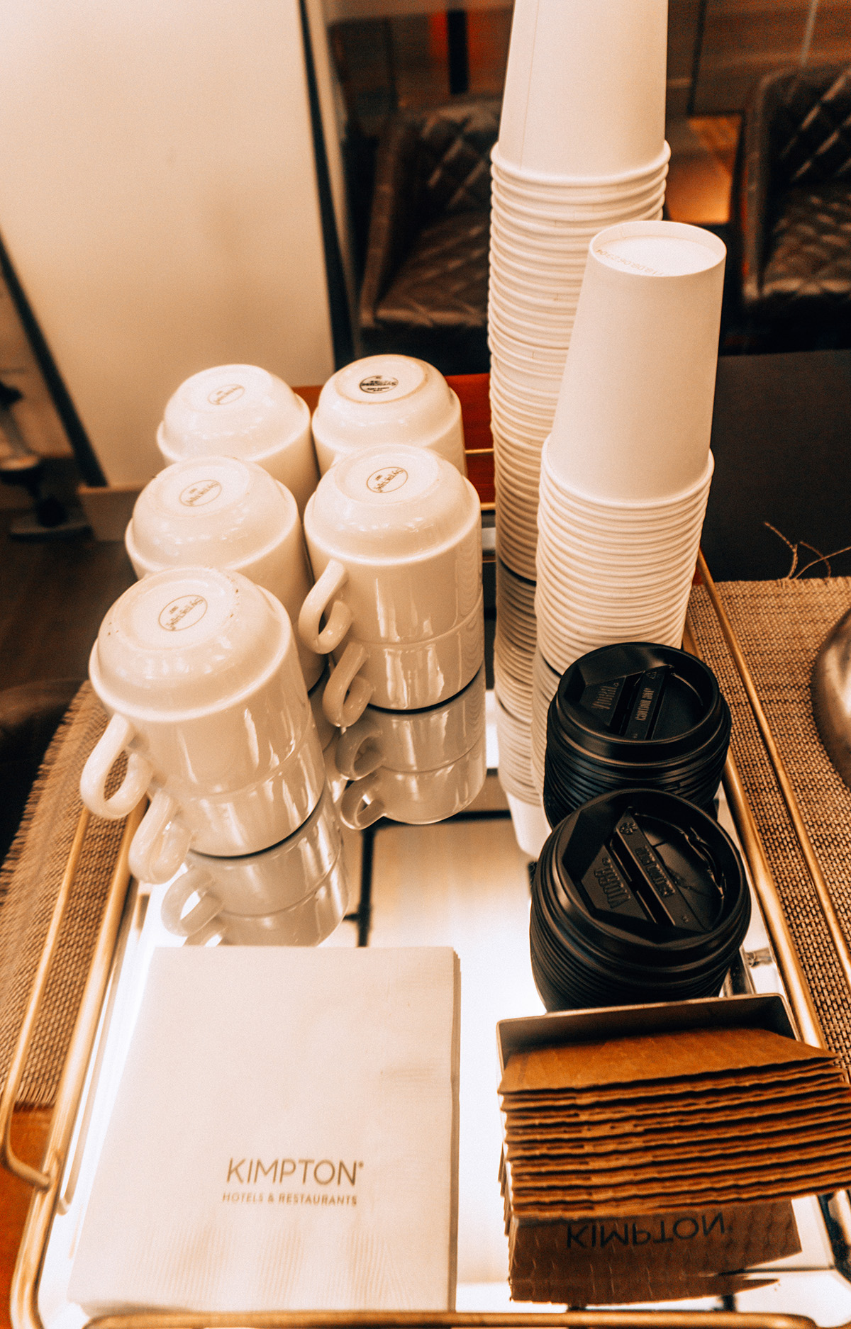 Hotel Vintage coffee bar cups