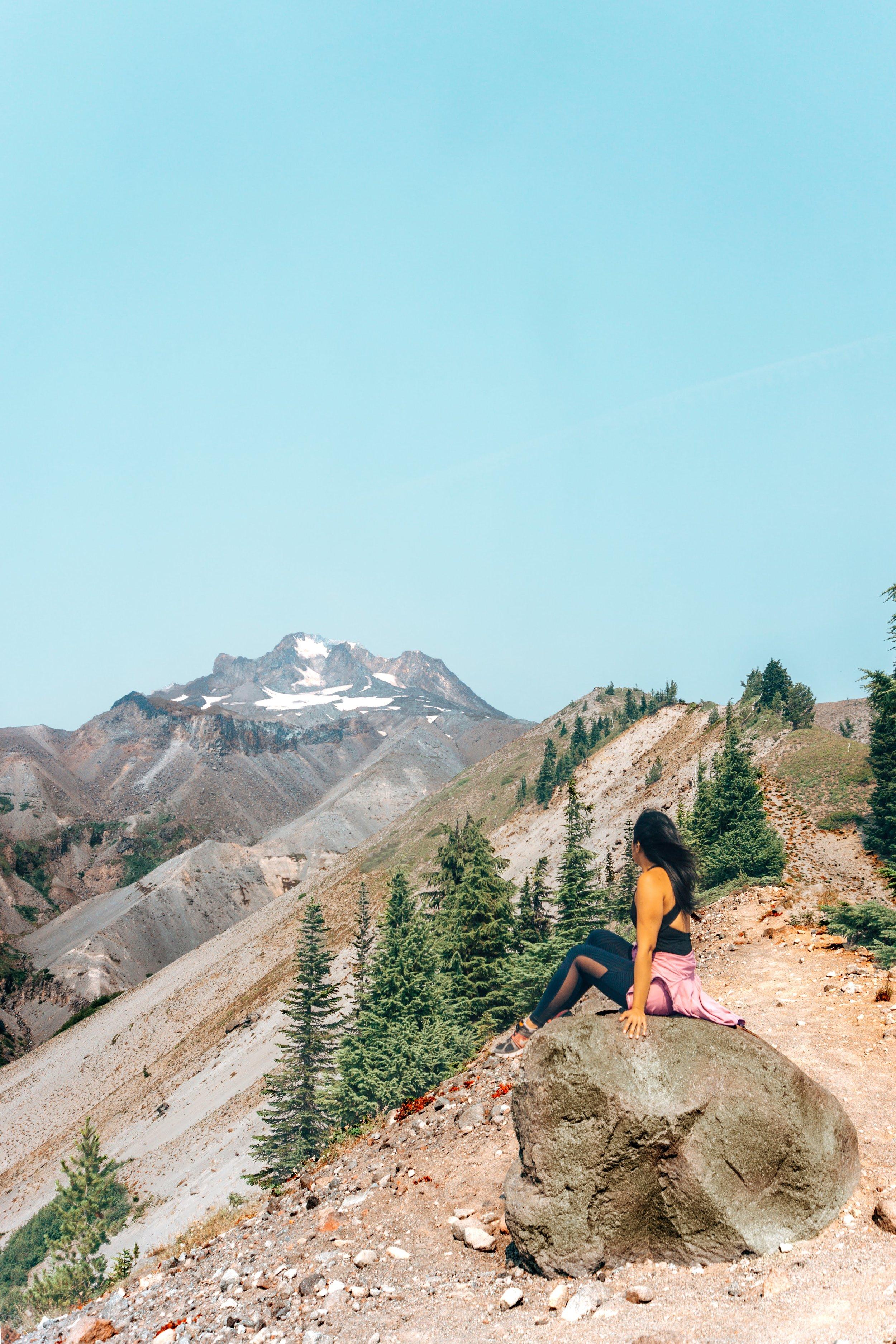 Zigzag-Ridge-rock.jpg