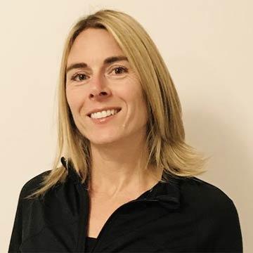 Isabelle Thériault, Entraineure et formatrice Cours de Groupe