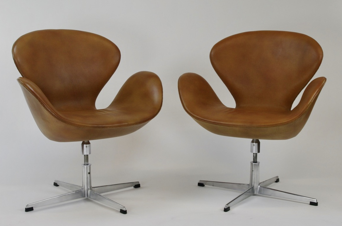 Pair of Swan Chairs by Arne Jacobsen for Fritz Hansen, 1963 - $10,000