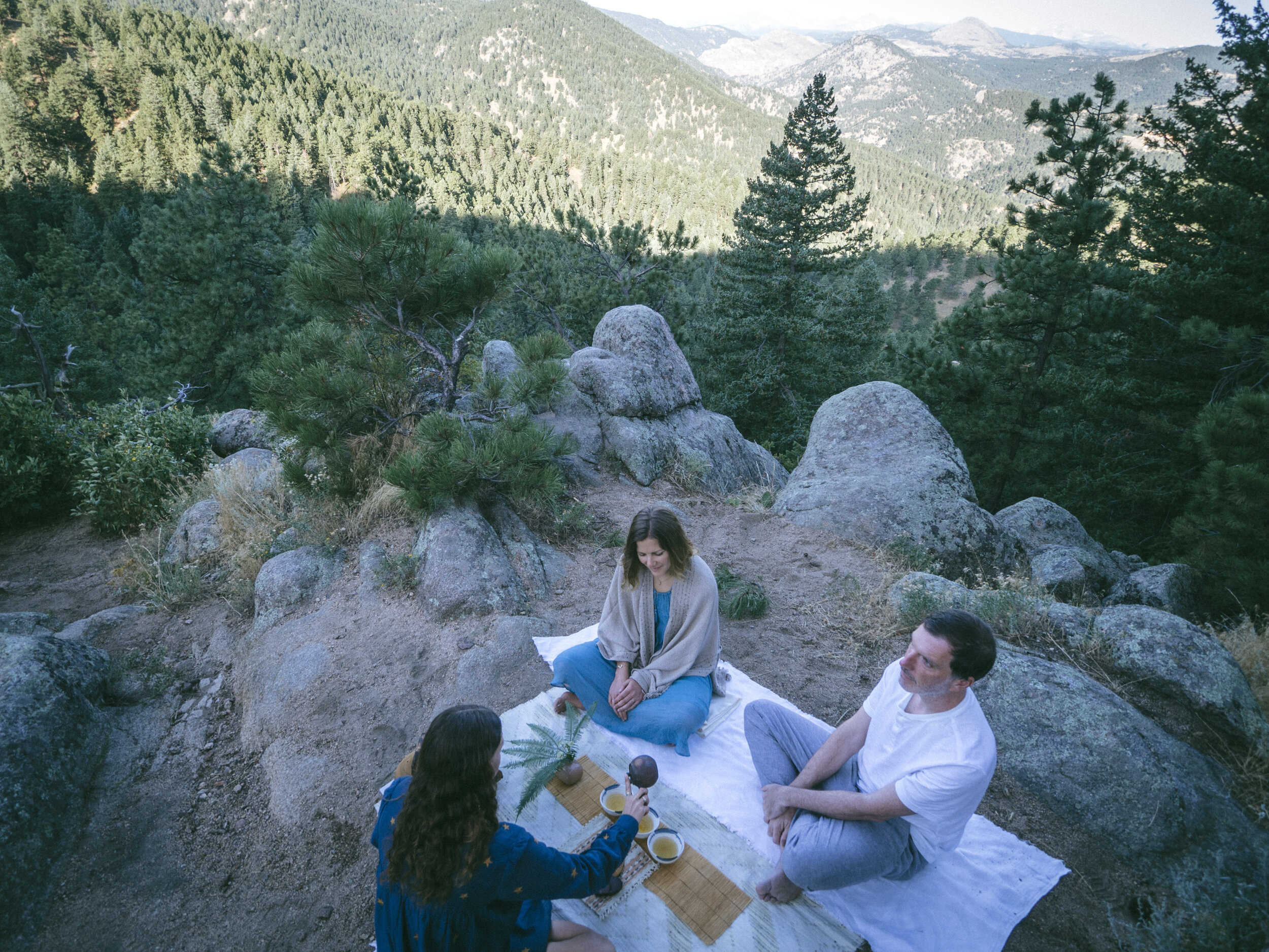 Wednesday Mornings - Boulder, Colorado8:00-10:30amJoin me as we hike into a remote location to enjoy beautiful bowls of tea!
