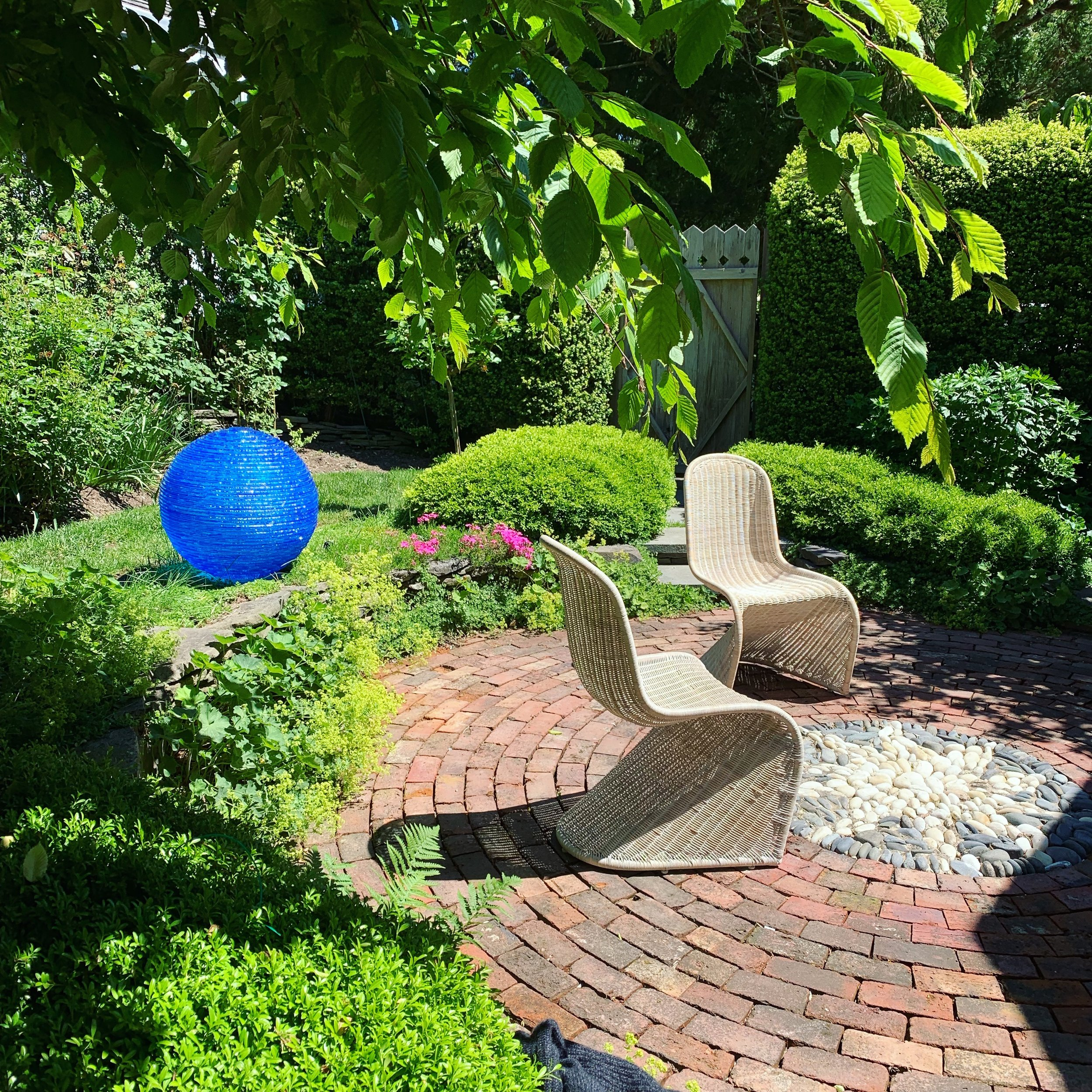 Henry-Richardson-blue-glass-sphere-orb-sculpture- east-hampton-garden.JPG
