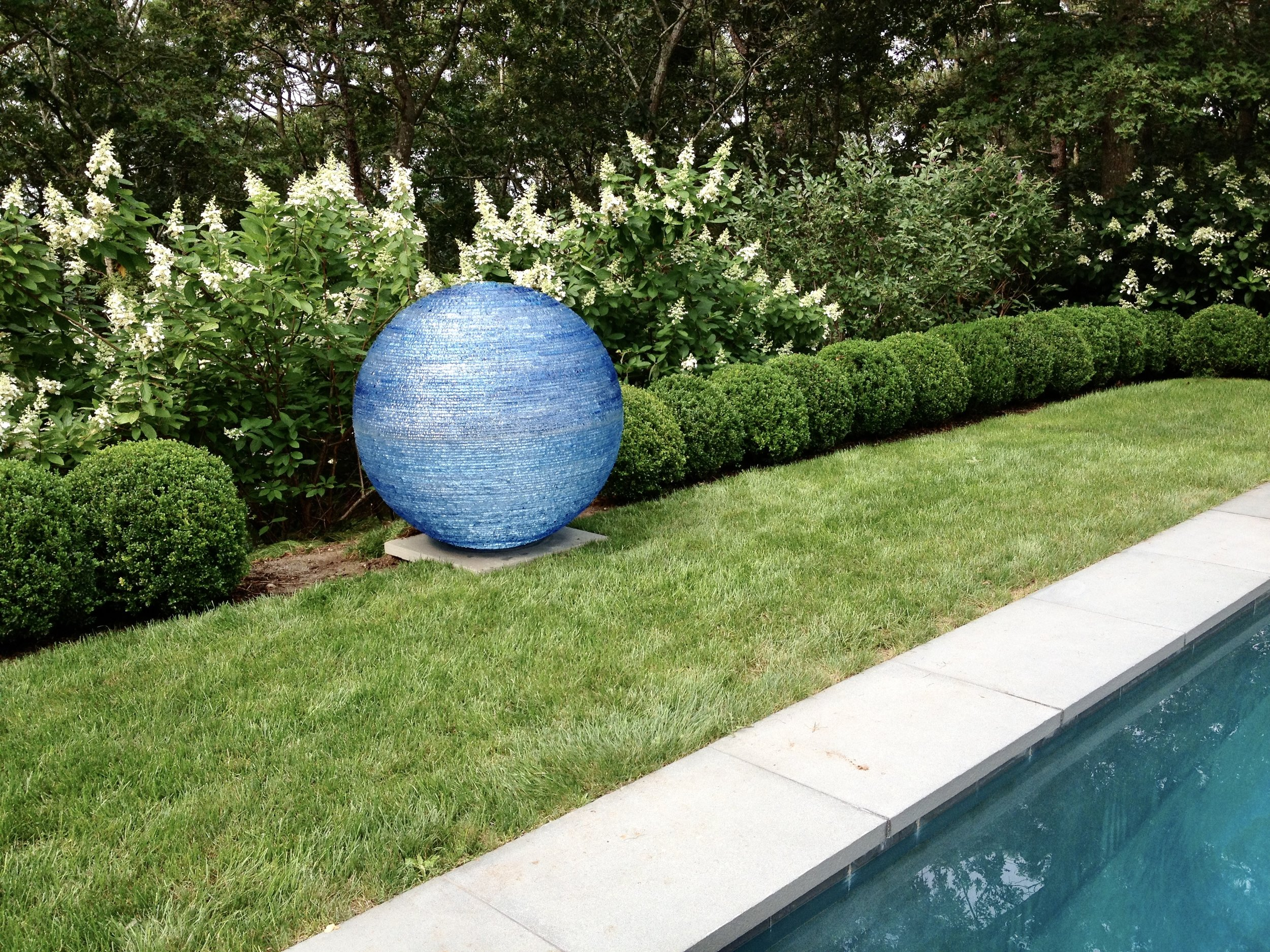 Henry-Richardson-blue-glass-orb-sphere-sculpture-swimming-pool-landscape-garden.jpg