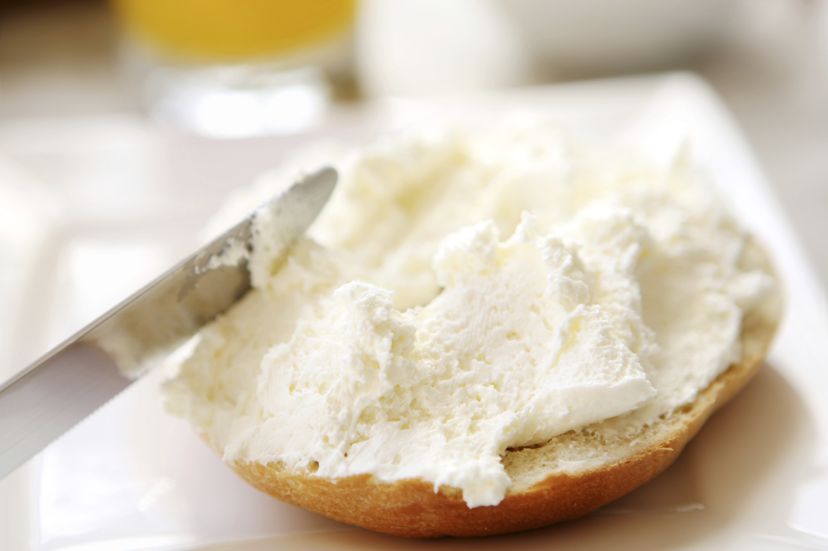 cream cheese with bagel_o.jpg