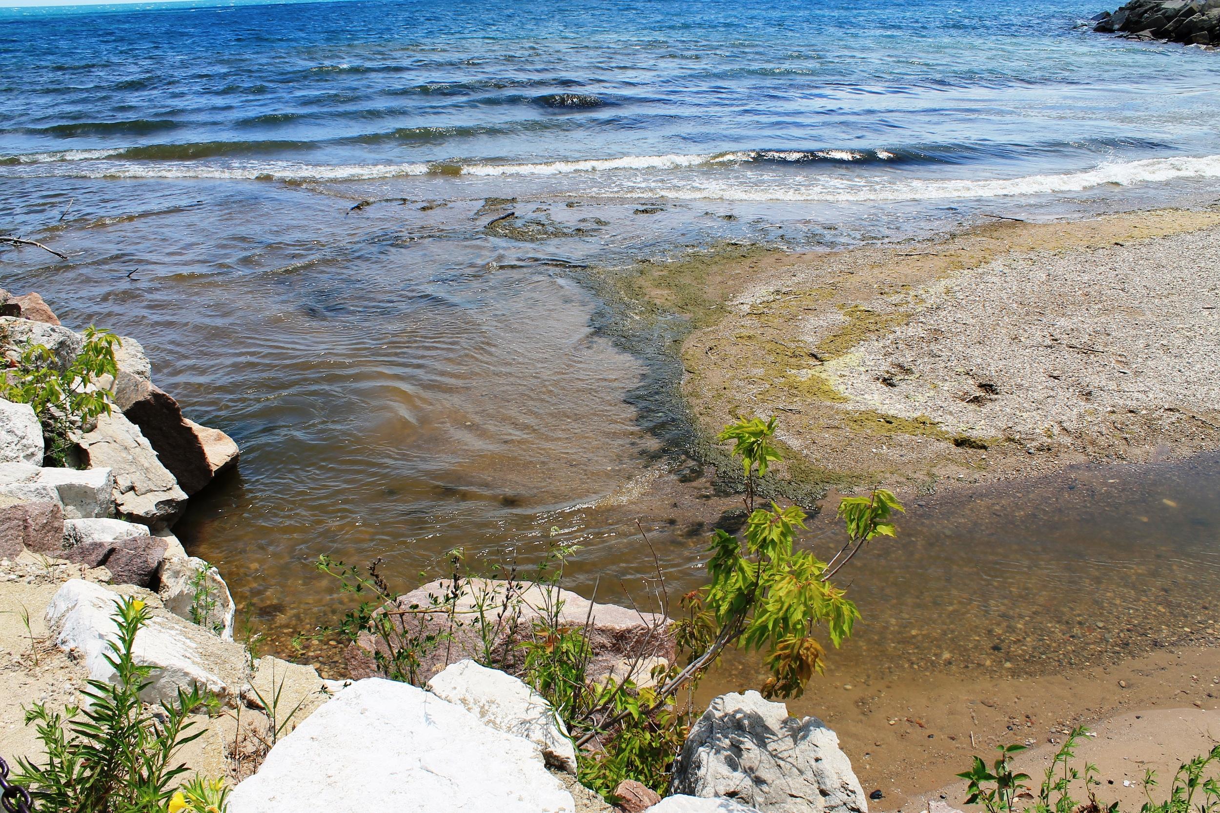 Oak Creek Outlet to Lake Michigan