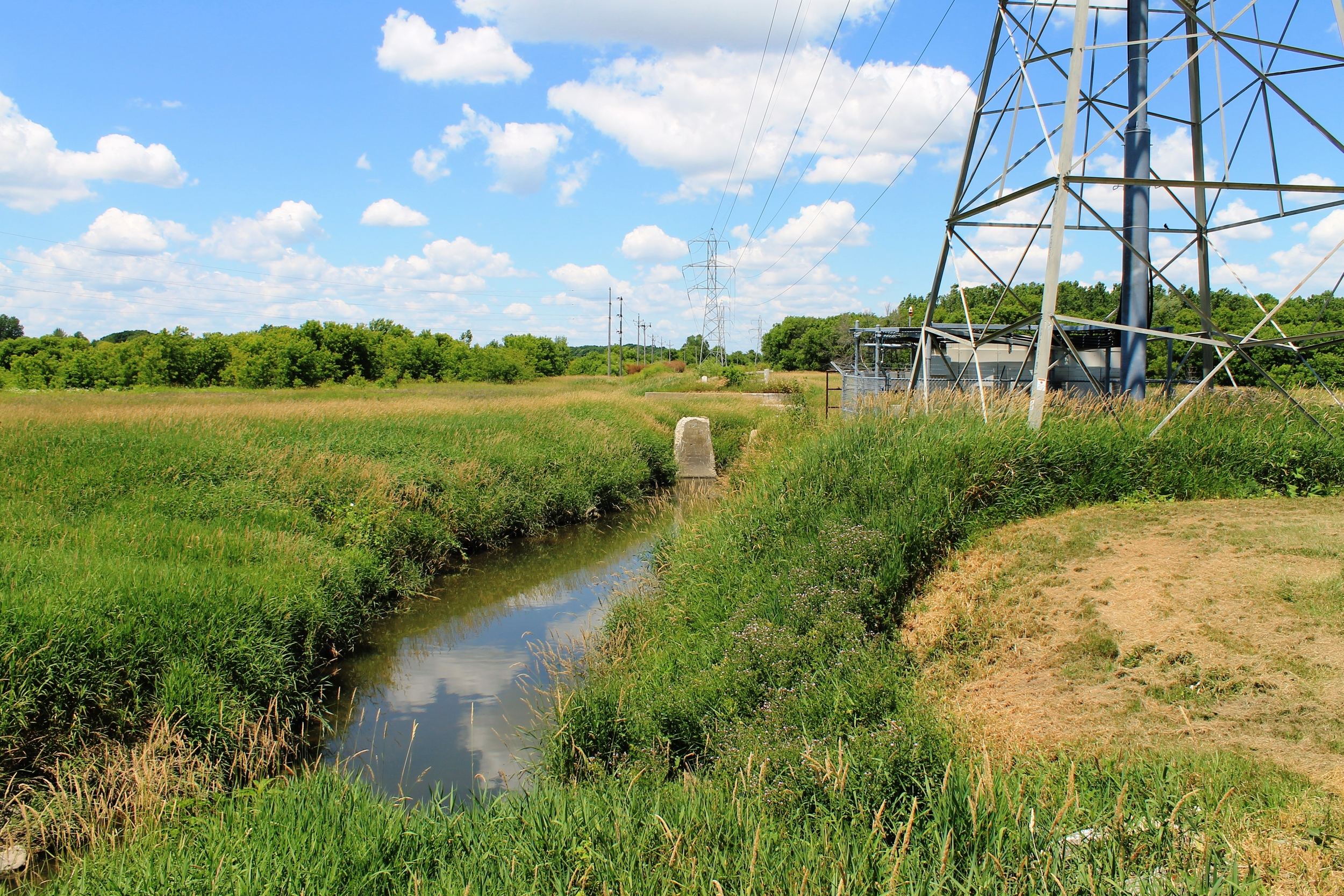 Oak Creek at Puetz Rd