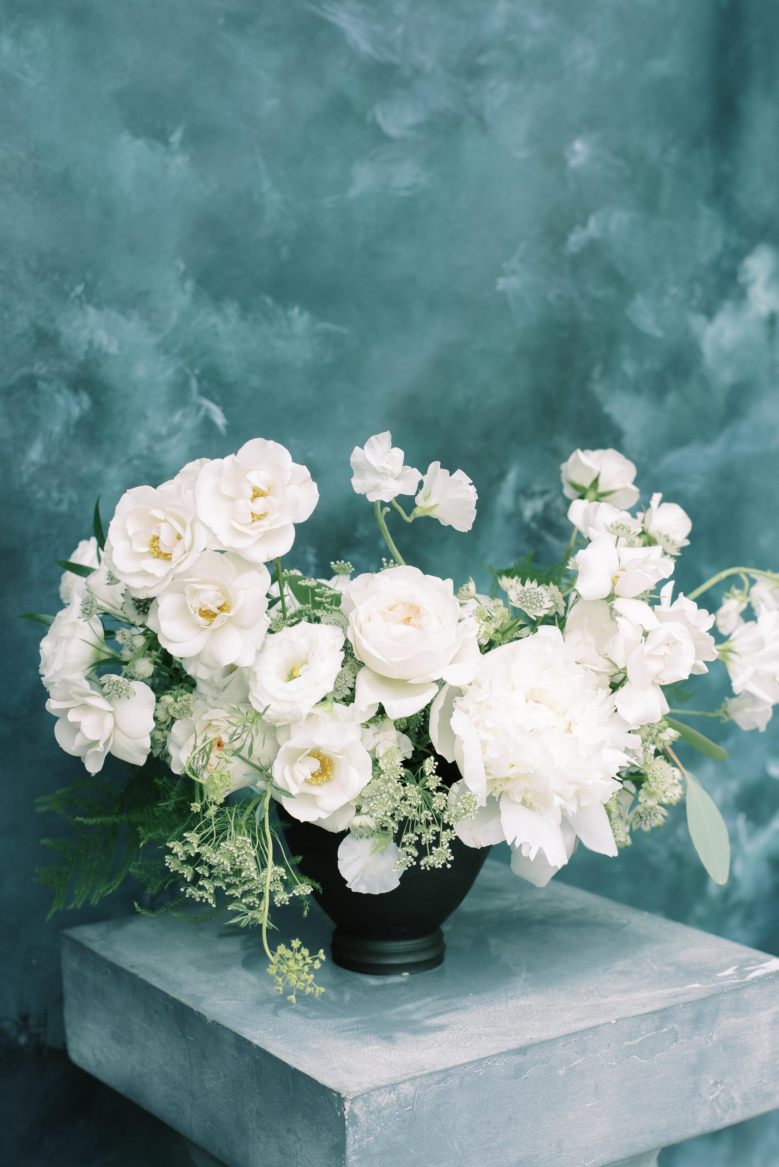 roots-floral-design-cincinnati-branding-photographer-laura-katie-photography-9.jpg
