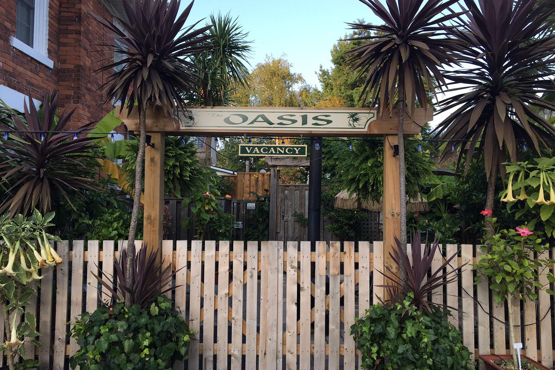 OasisFence.JPG