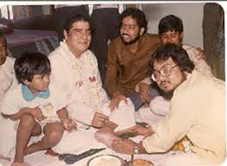 Pt. Shyamal Bose with students.jpg