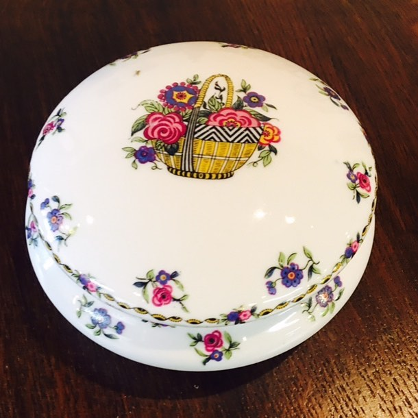 A sweet valentine! Limoges porcelain cache. Just out today! $40 Come by & we'll help you find the perfect gift to make your Valentine feel special!❤❤❤ 2195 Calder Ave, Beaumont Tx, 77701, 409.835.3080