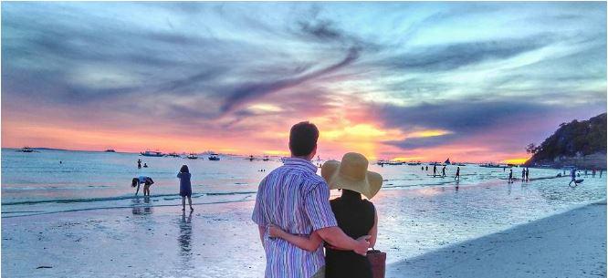 Founders Rachel & Jon in Boracay