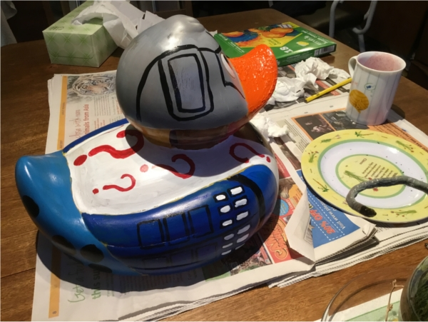 I forgot to take a photo from the back, but you can just about make out the darlek design.  Report to follow after the duck race!