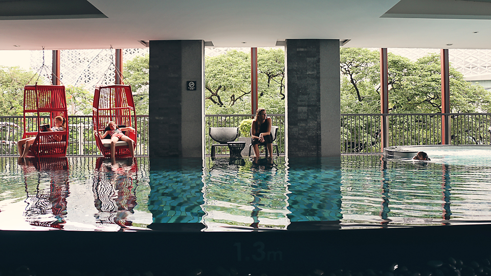 The beautiful pool at Eastin Tan Hotel.