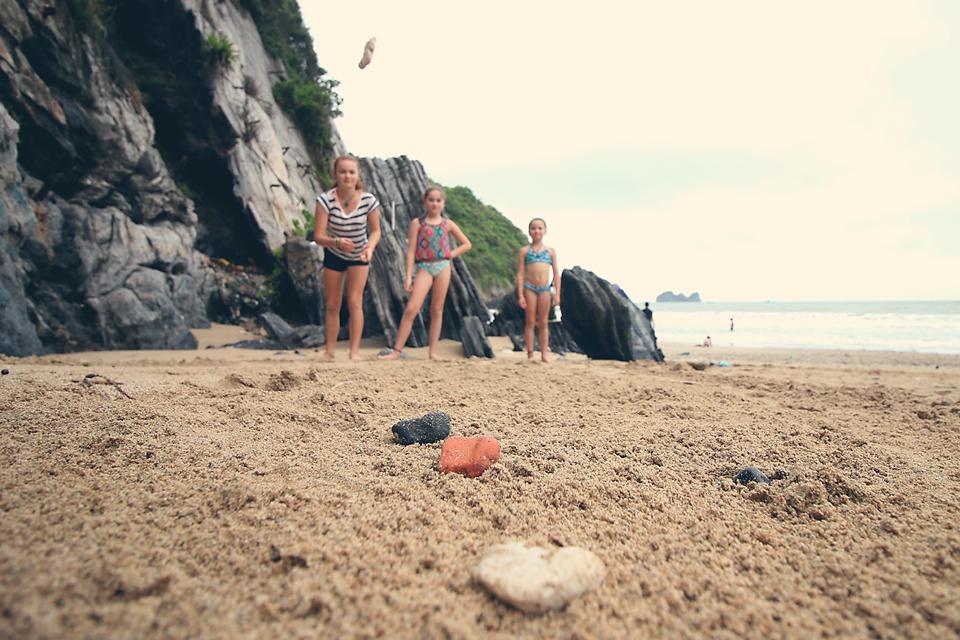 Petanque beach styles.