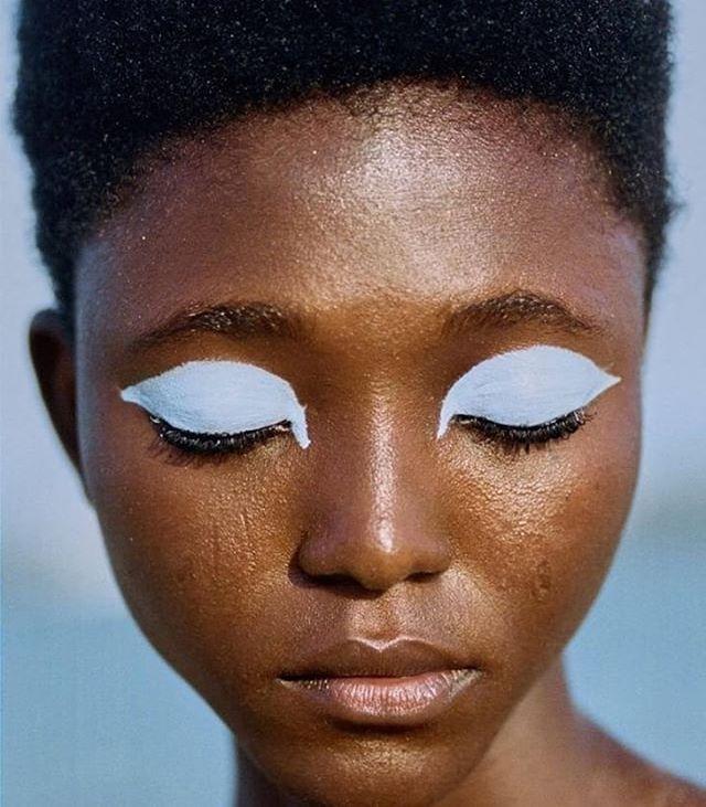 Baby blue #inspiration by @arianna.lago #eyes #eyeshadow #soft #thekindlabel