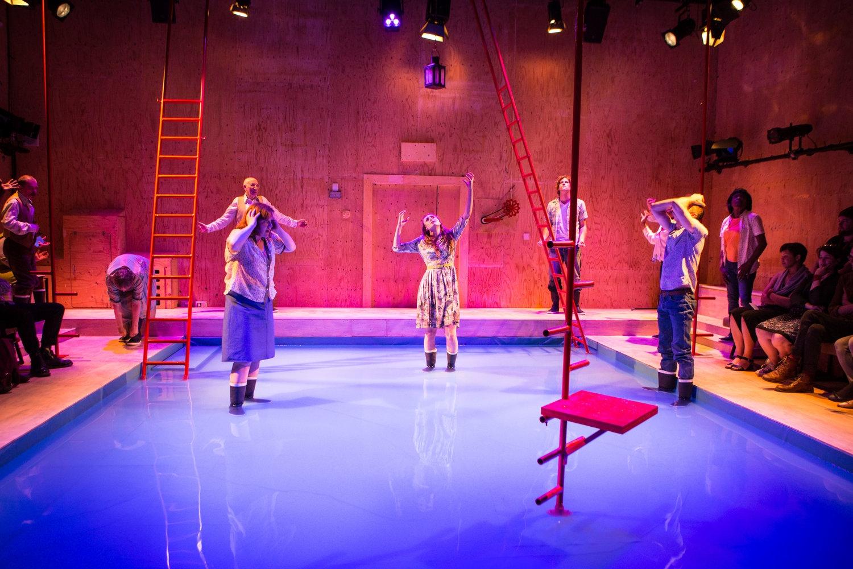 YV+TP+The+Curtain+dir+Rachel+Lincoln+-+©HelenMurray-503.jpg