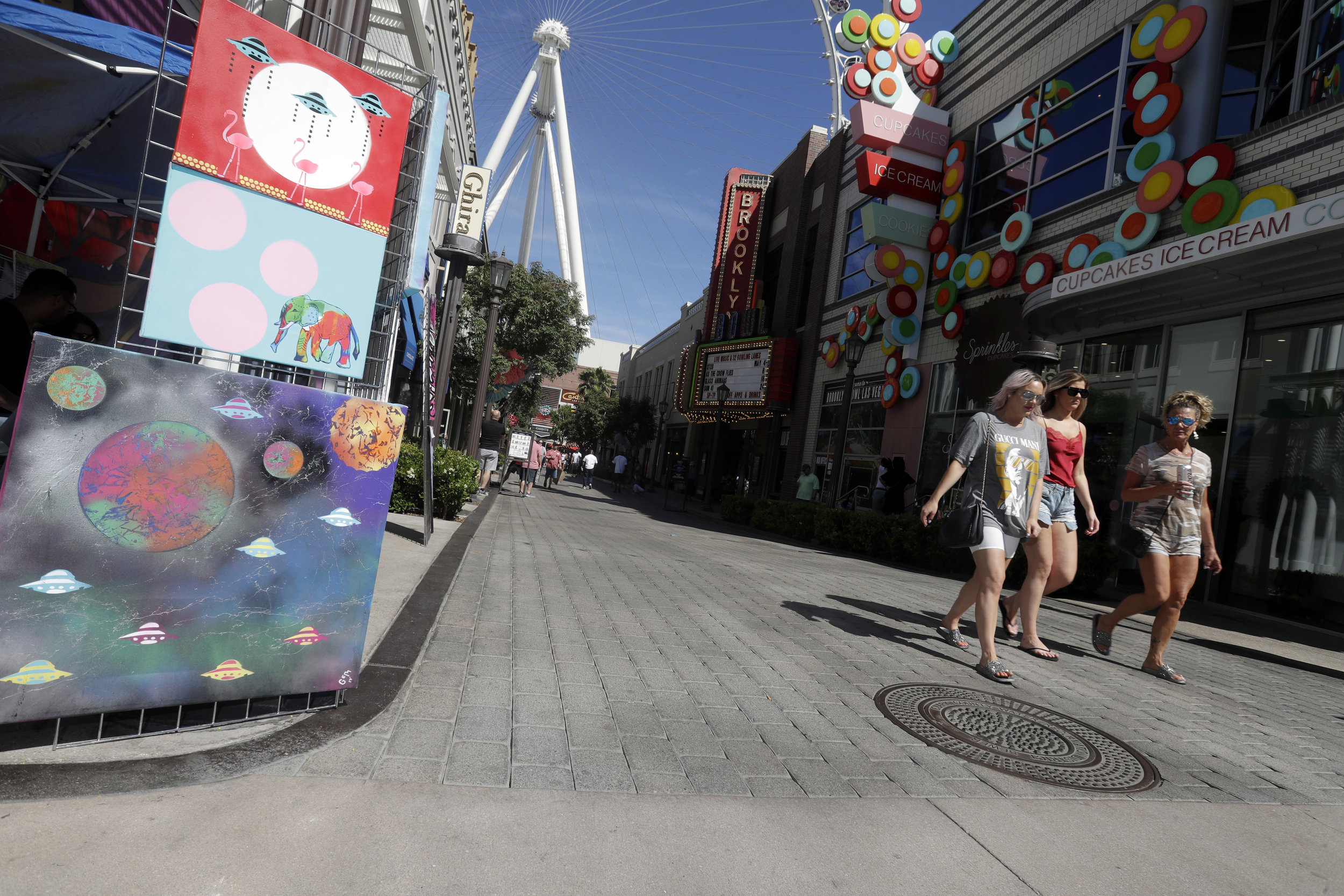 LINQ Earth Day 2380.jpg