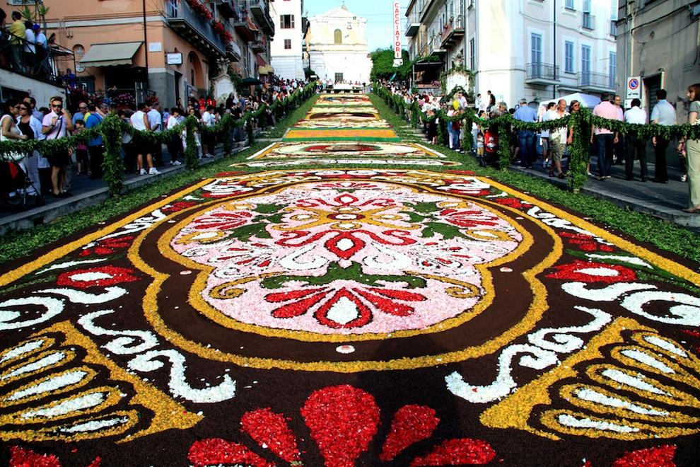 infiorata-flower-festival1.jpg