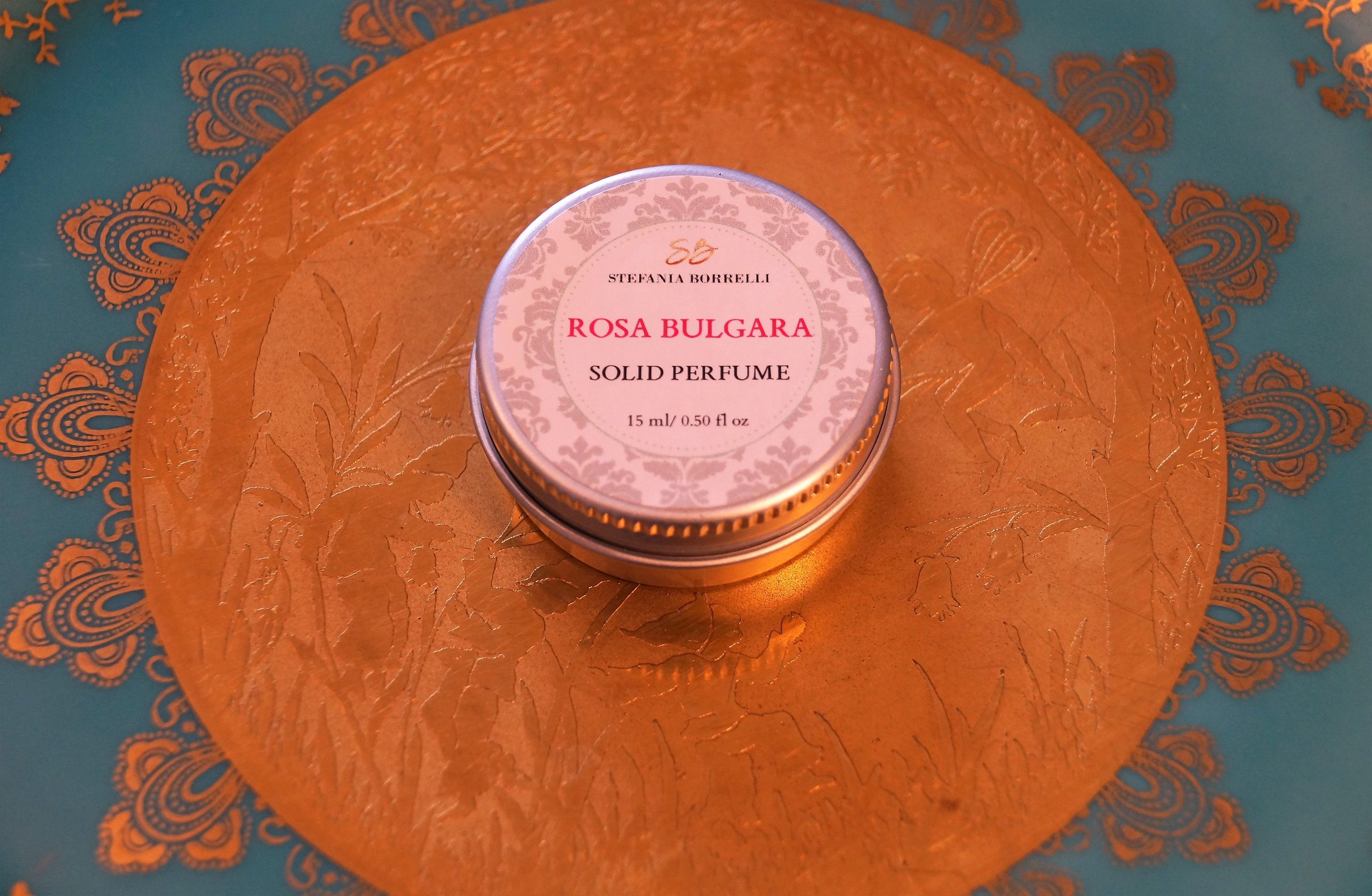 rosa bulgara.jpg
