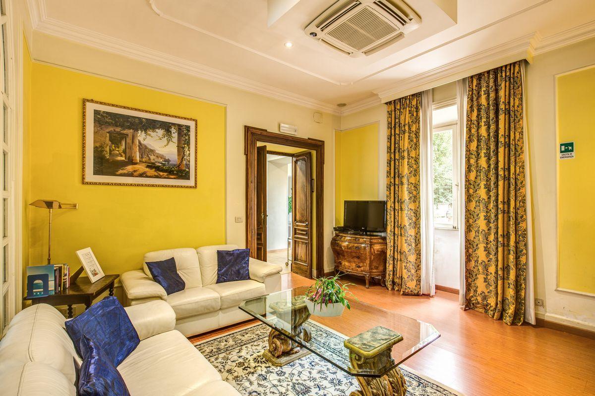 Rome_Garden_Hotel_salotto_2.jpg