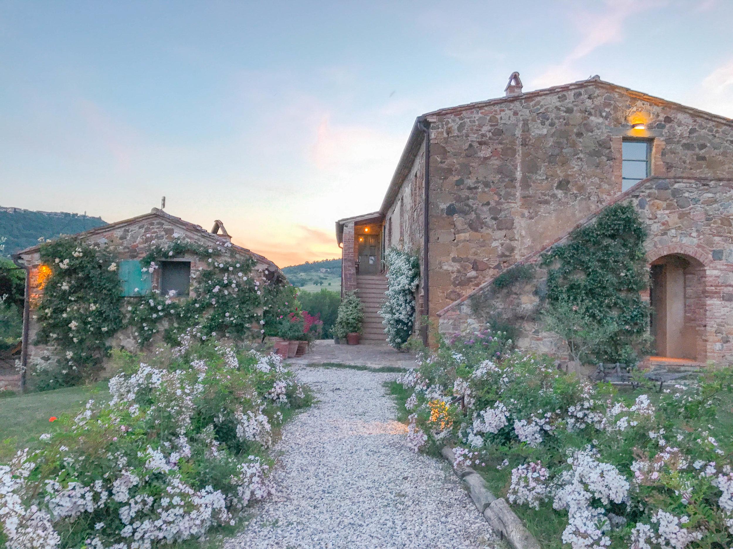 TOSCANA -    FOLLONICO    FARM HOUSE
