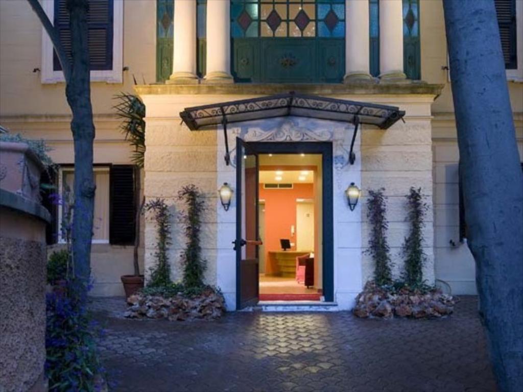 LAZIO - ROMA -    ROME GARDEN HOTEL