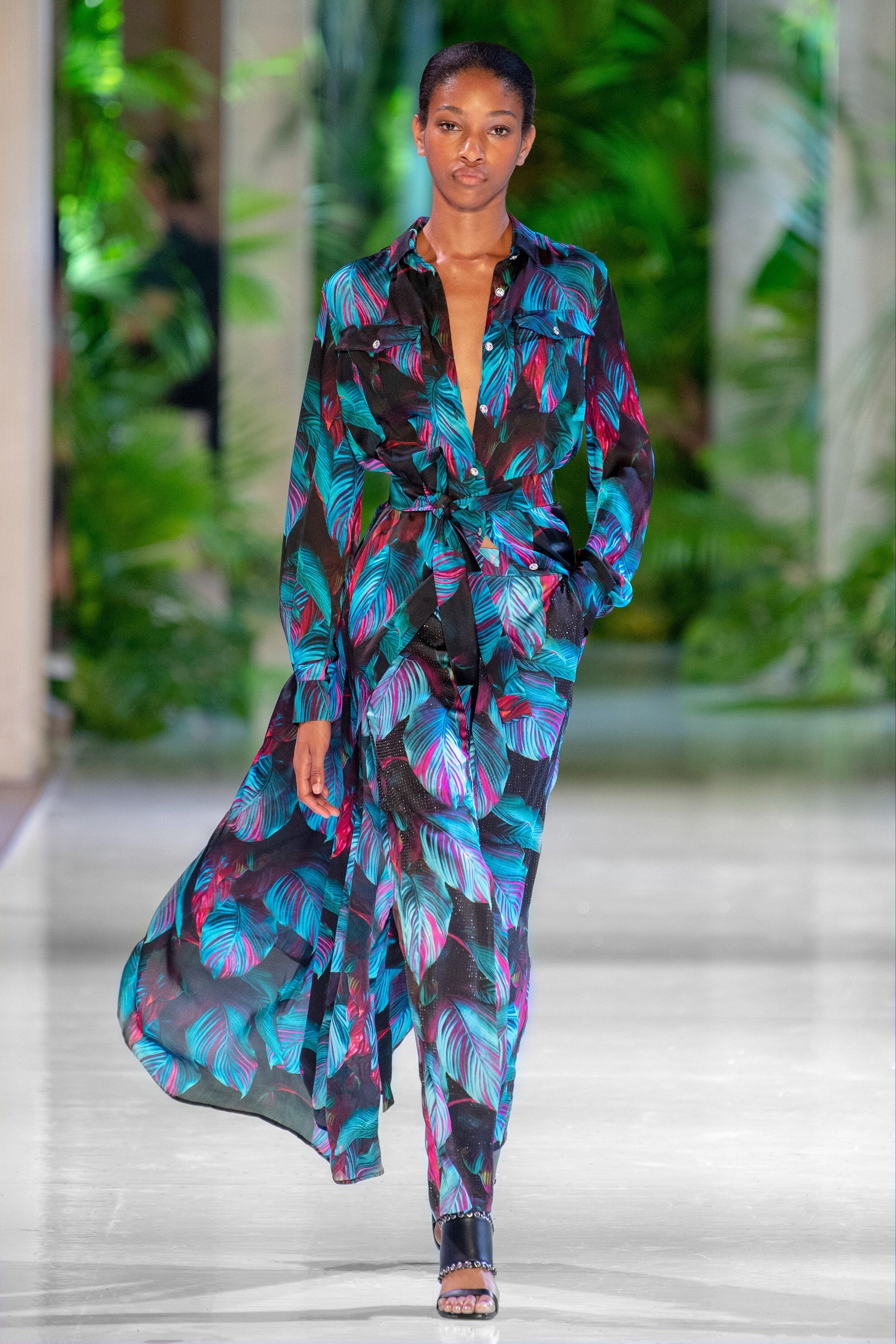 00015-Azzaro-Couture-Fall-2018-Vogue-pr.jpg