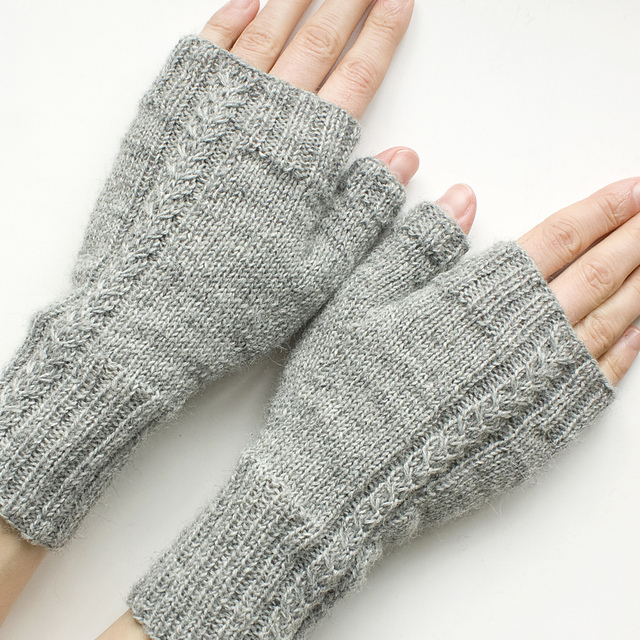 Wishbone Mitts.jpg