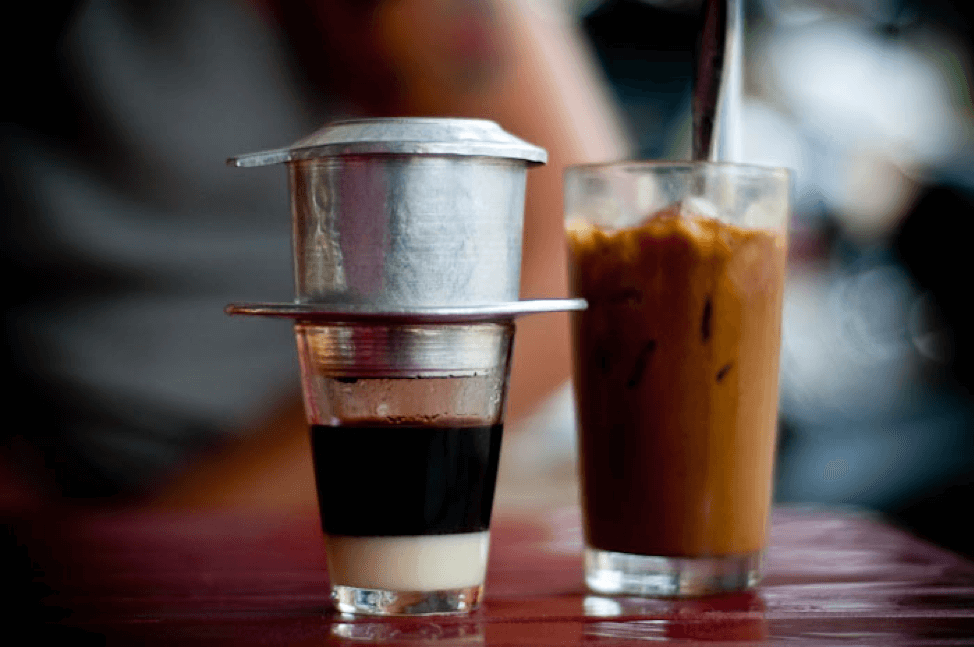 CÀ PHÊ SỮA ĐÁ (ICED COFFEE WITH CONDENSED MILK)