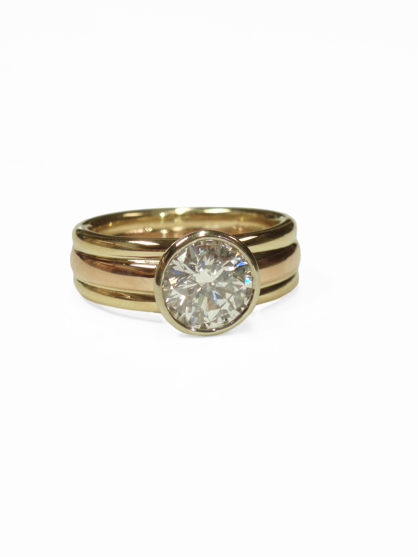 rosegold-yellowgold dia. ring.jpg