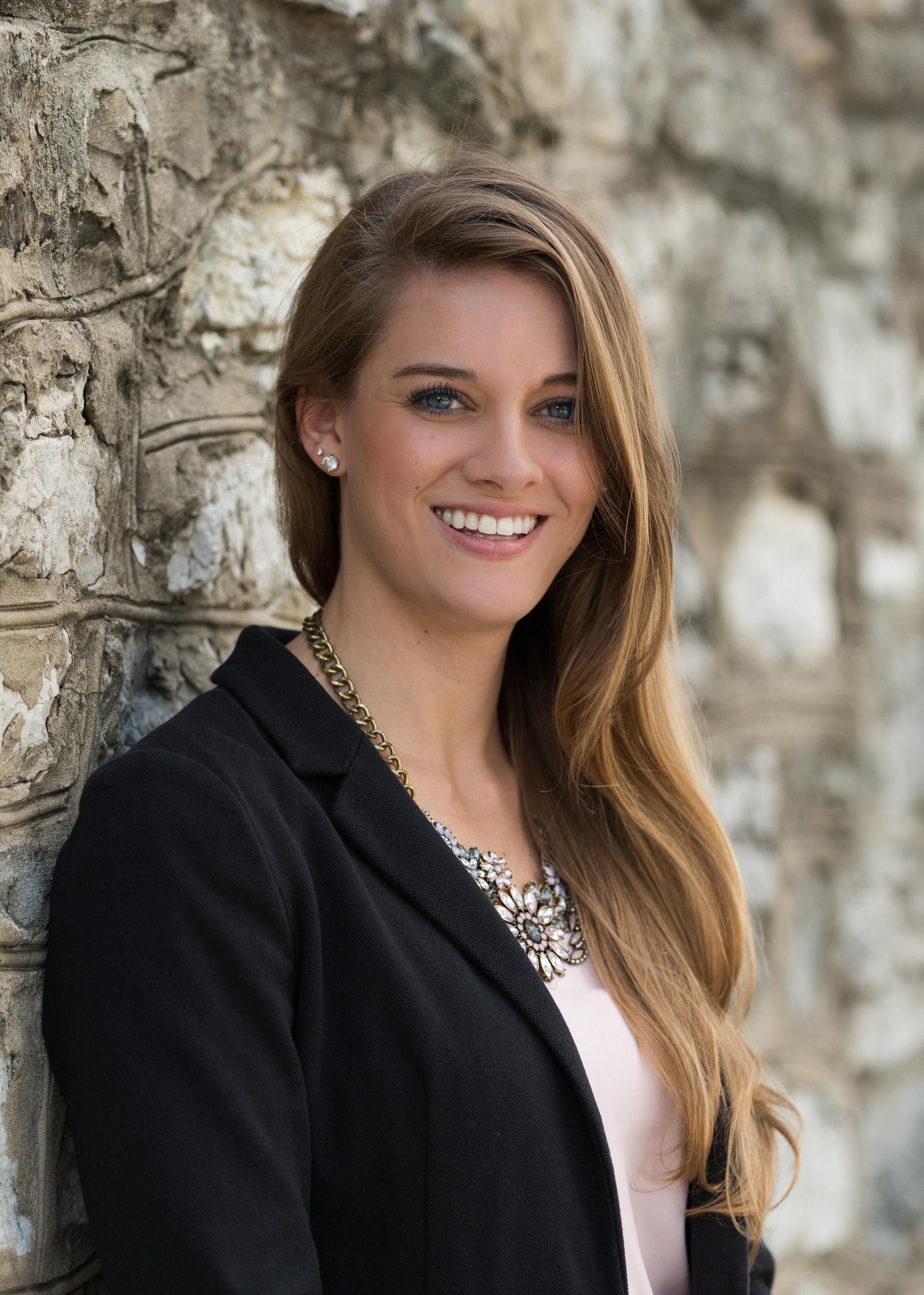 Chattanooga TN Female Business Executive Headshot