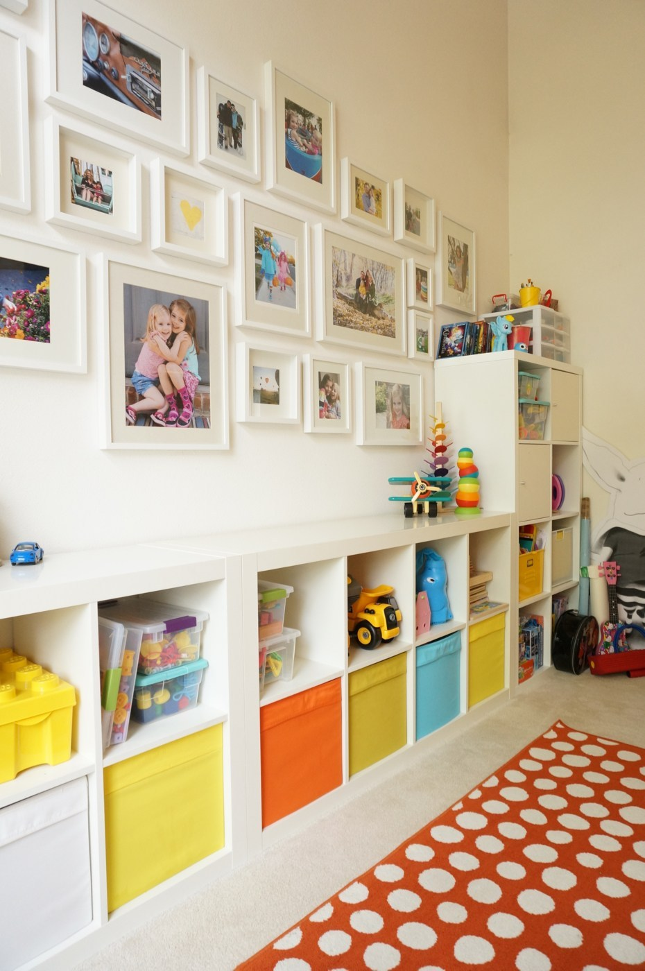 This cute gallery wall and more tips on creating one in your home, are from Heather at  The Caterpillar Years.