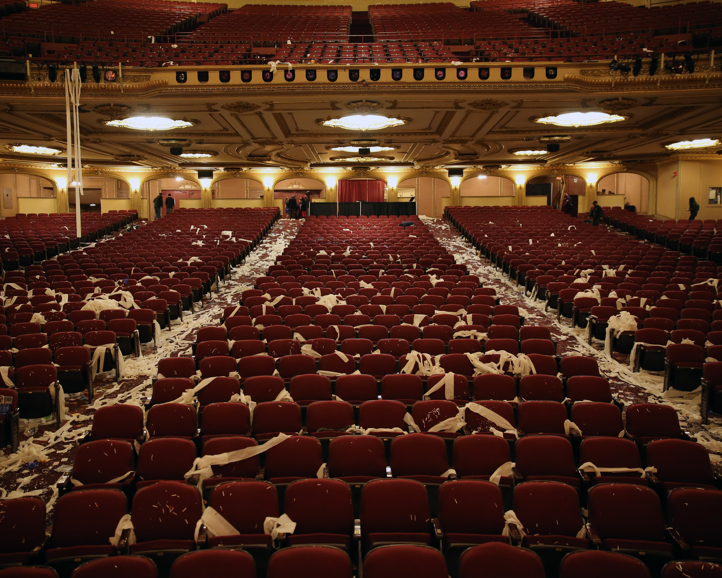 WHEN THE DUST SETTLES-THE PALACE THEATRE