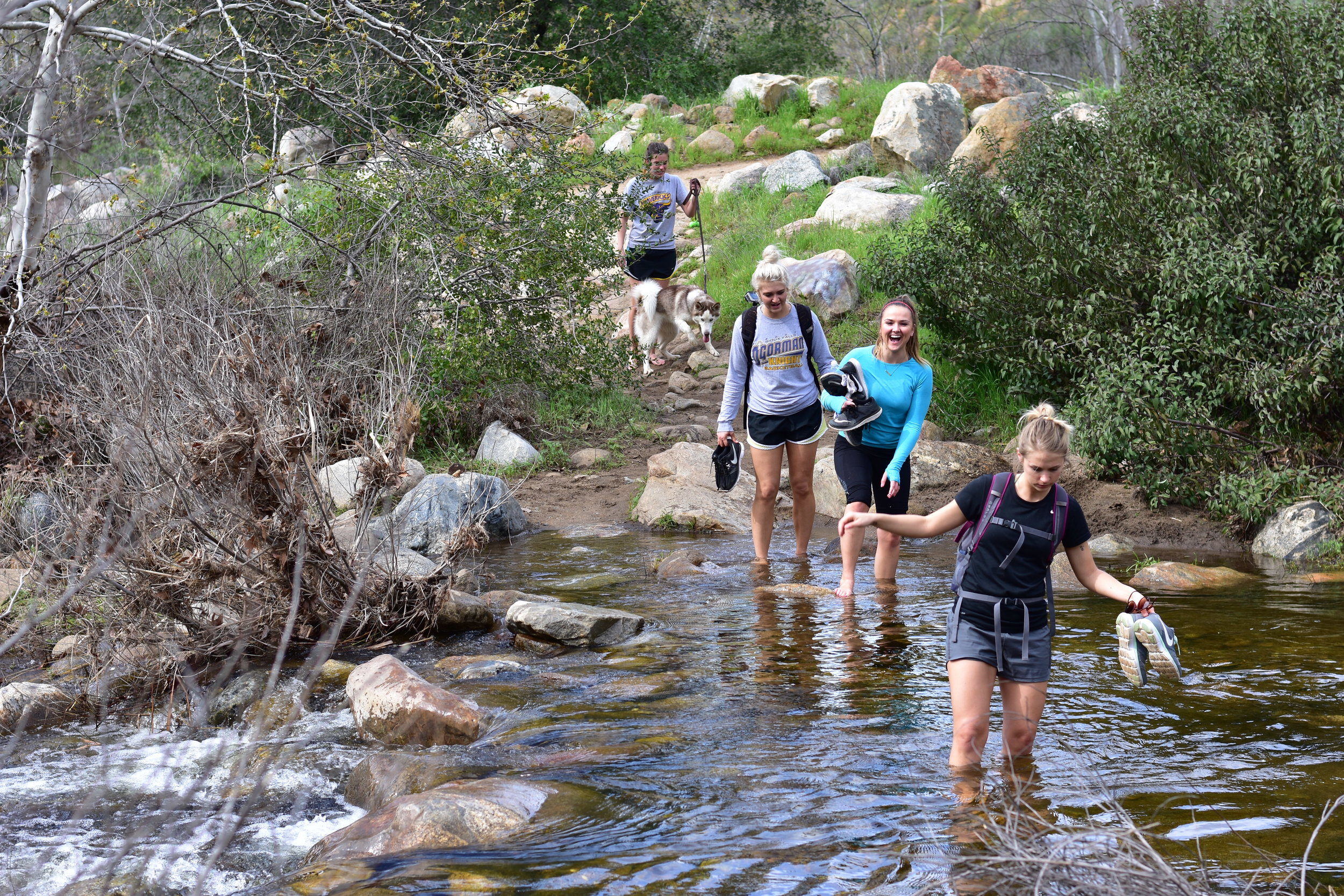 Hiking to Devil's Punchbowl, San Diego