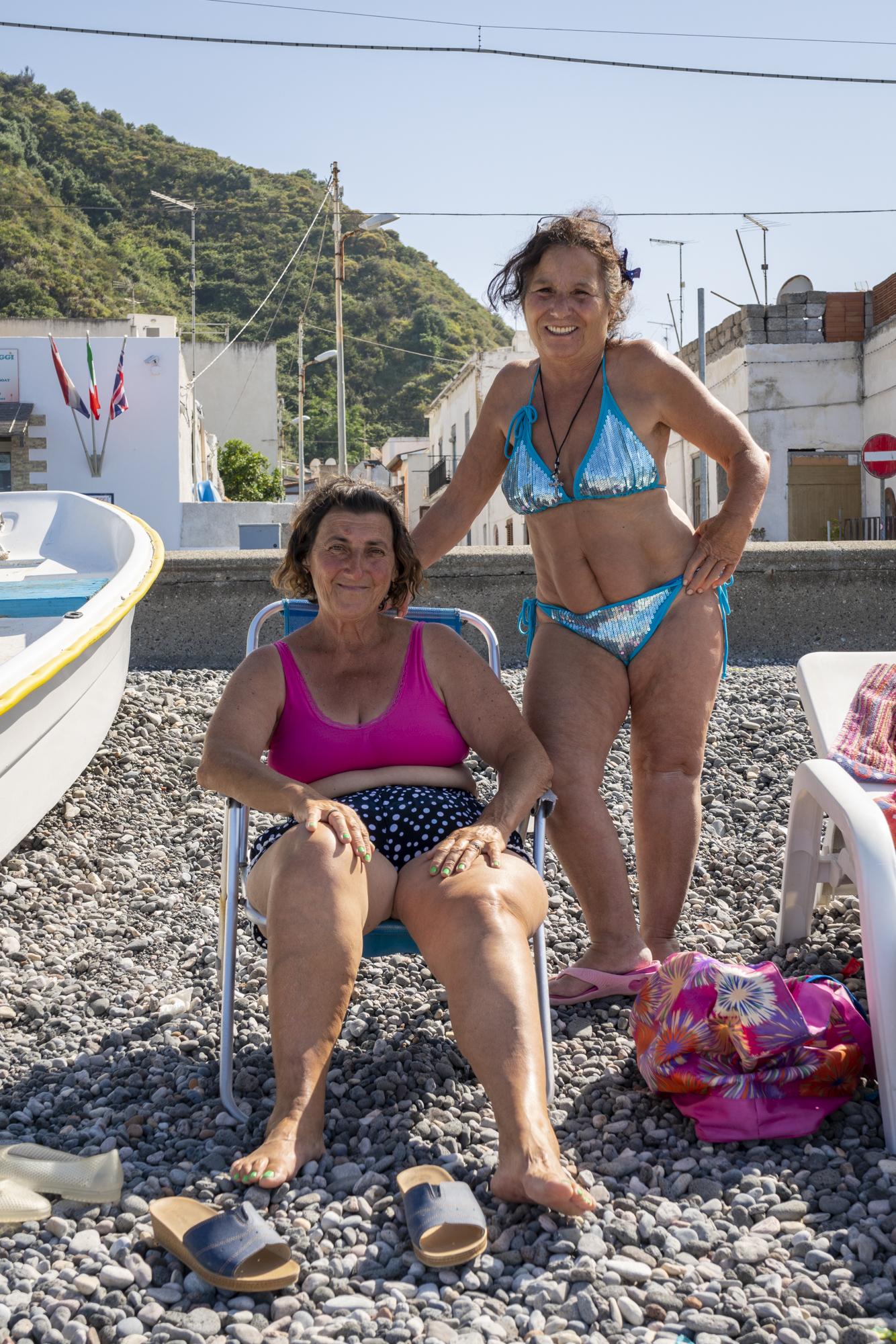 Bathing Beauties, Canetto, Lipari