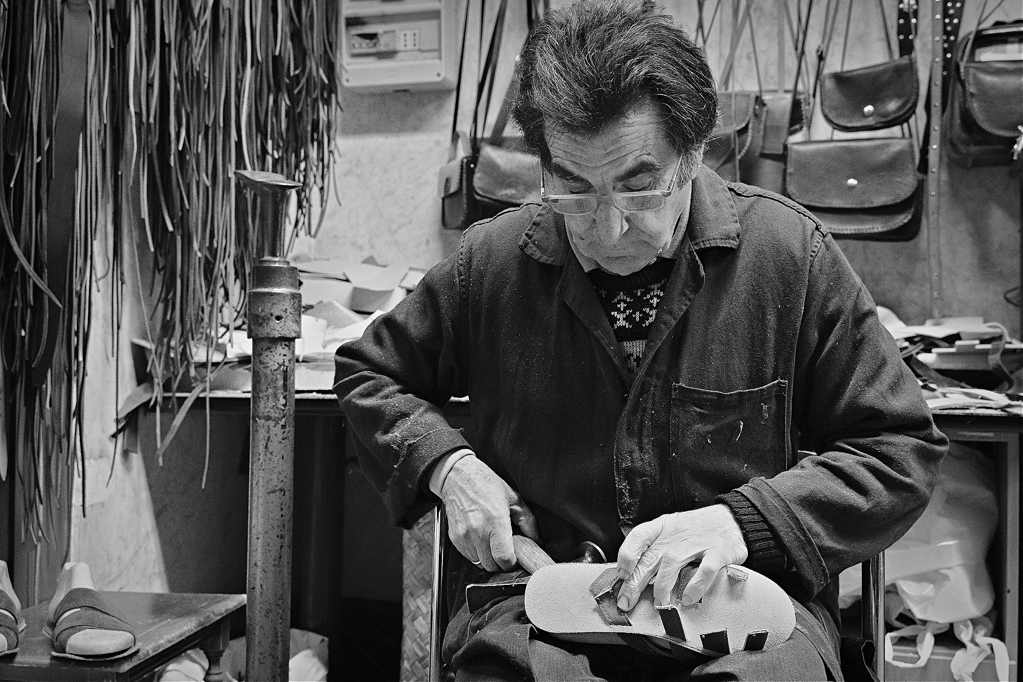 Leather craftsman, Genoa