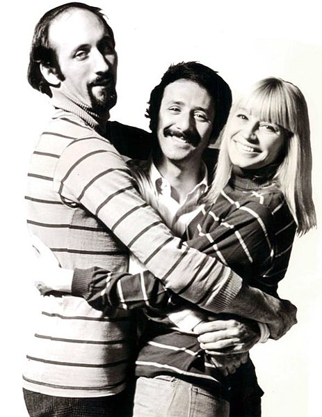 463px-Peter_paul_and_mary_publicity_photo.JPG