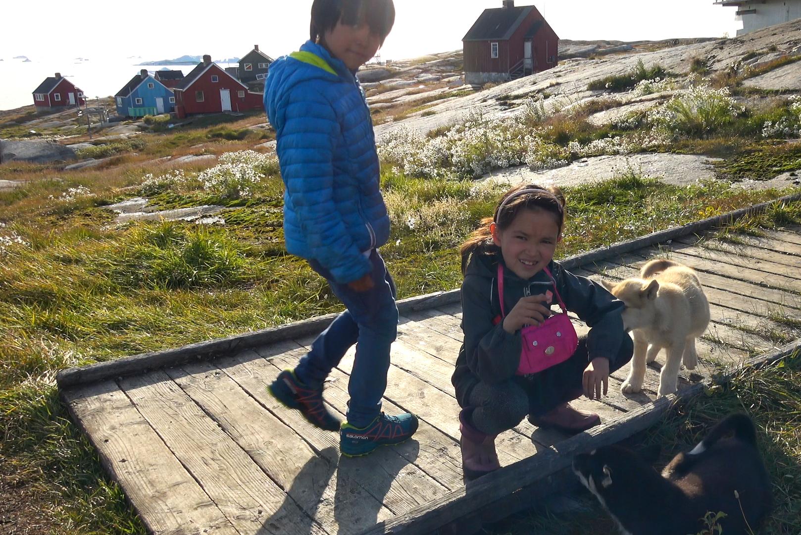 chien et enfants copie.jpg