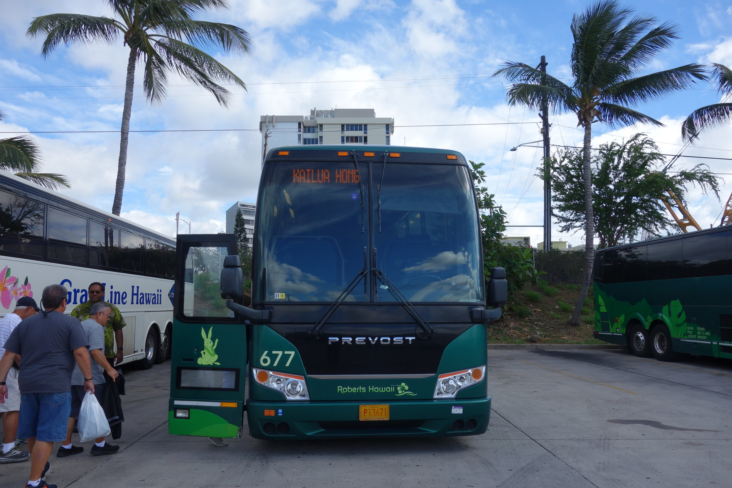 Boarding the bus back to Kailua