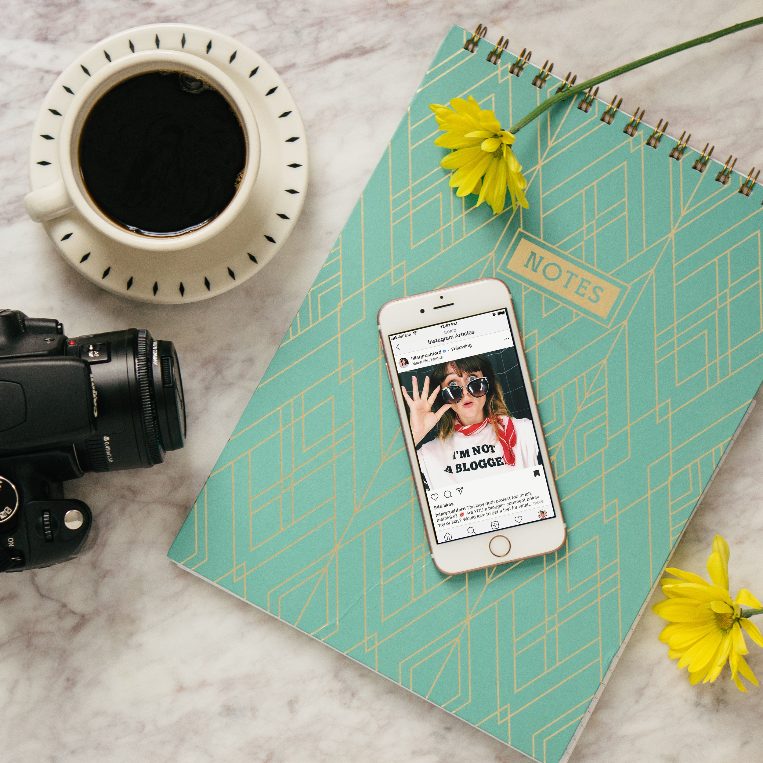 7 Ways to Get Out in Front of the Camera for the Shy & Self-Conscious | Photo poses and photo ideas for introverts | Alexis the Greek blog