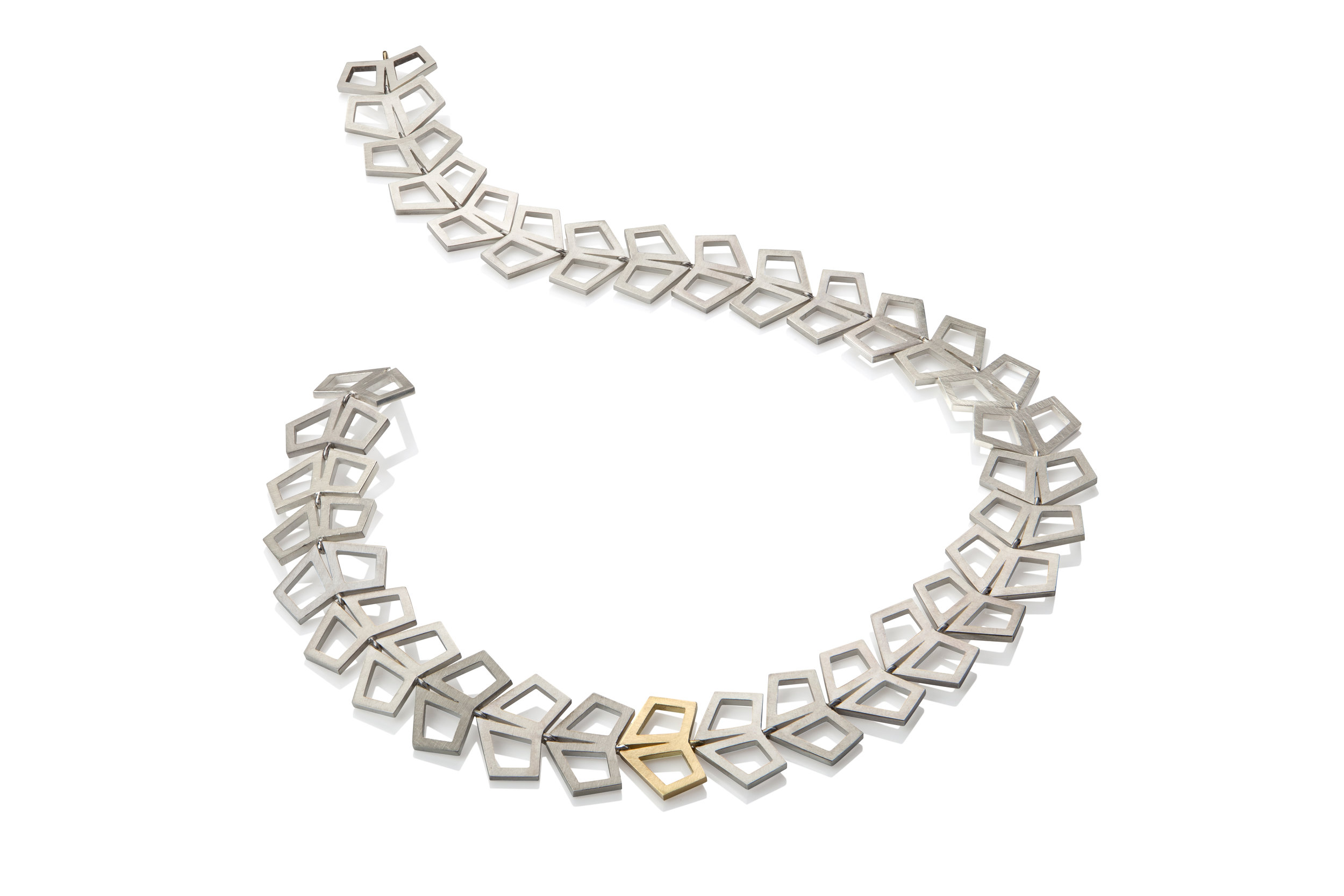 Silver arrow necklace with single gold link