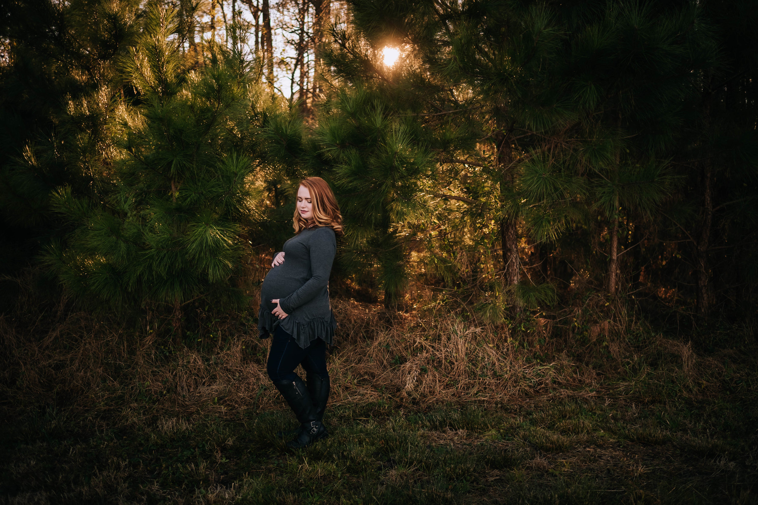 dreamy-moody-chesapeake-va-maternity-session