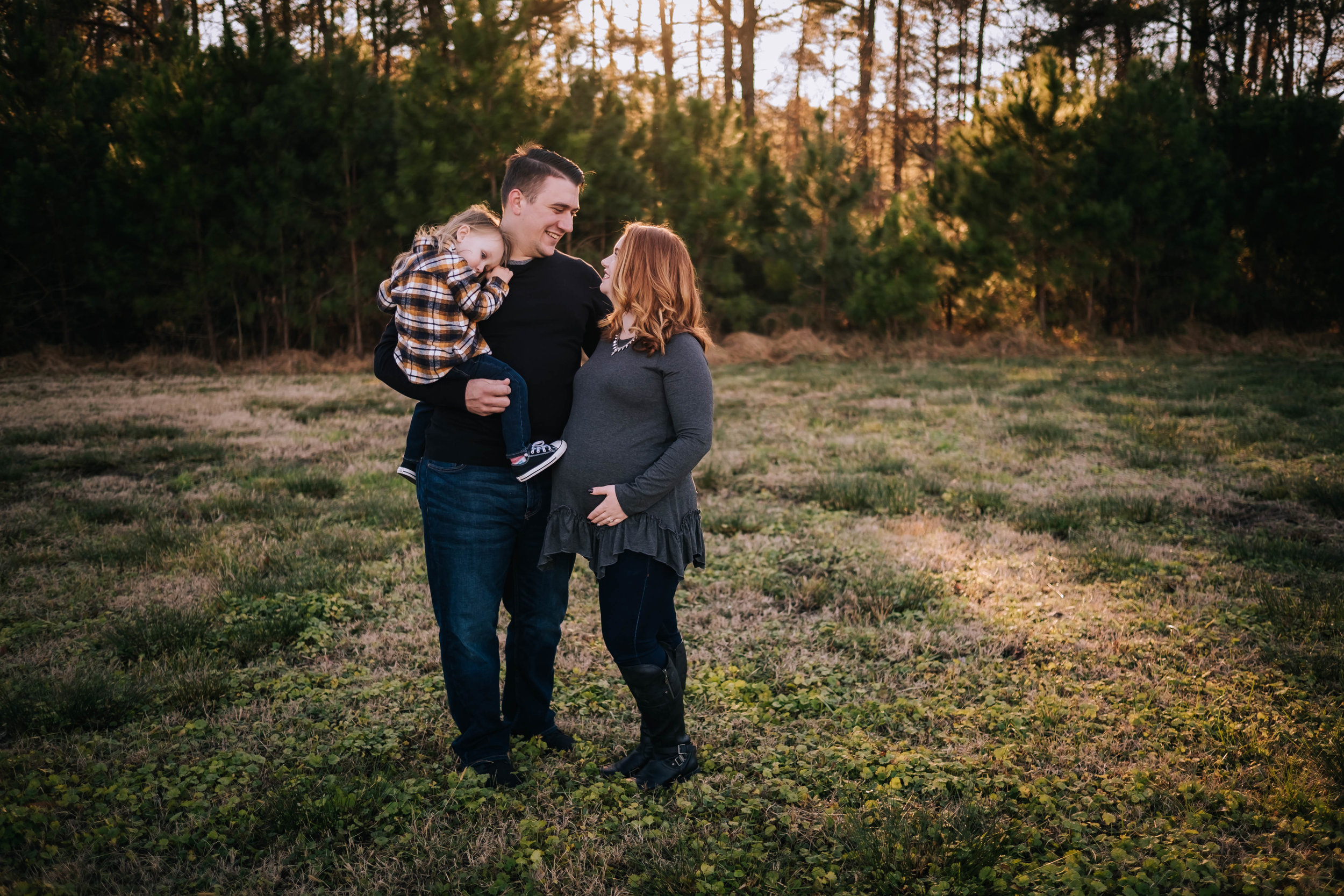 family-maternity-session-dreamy-moody-sunset