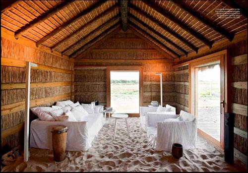 House-Sand-Floor500.jpg