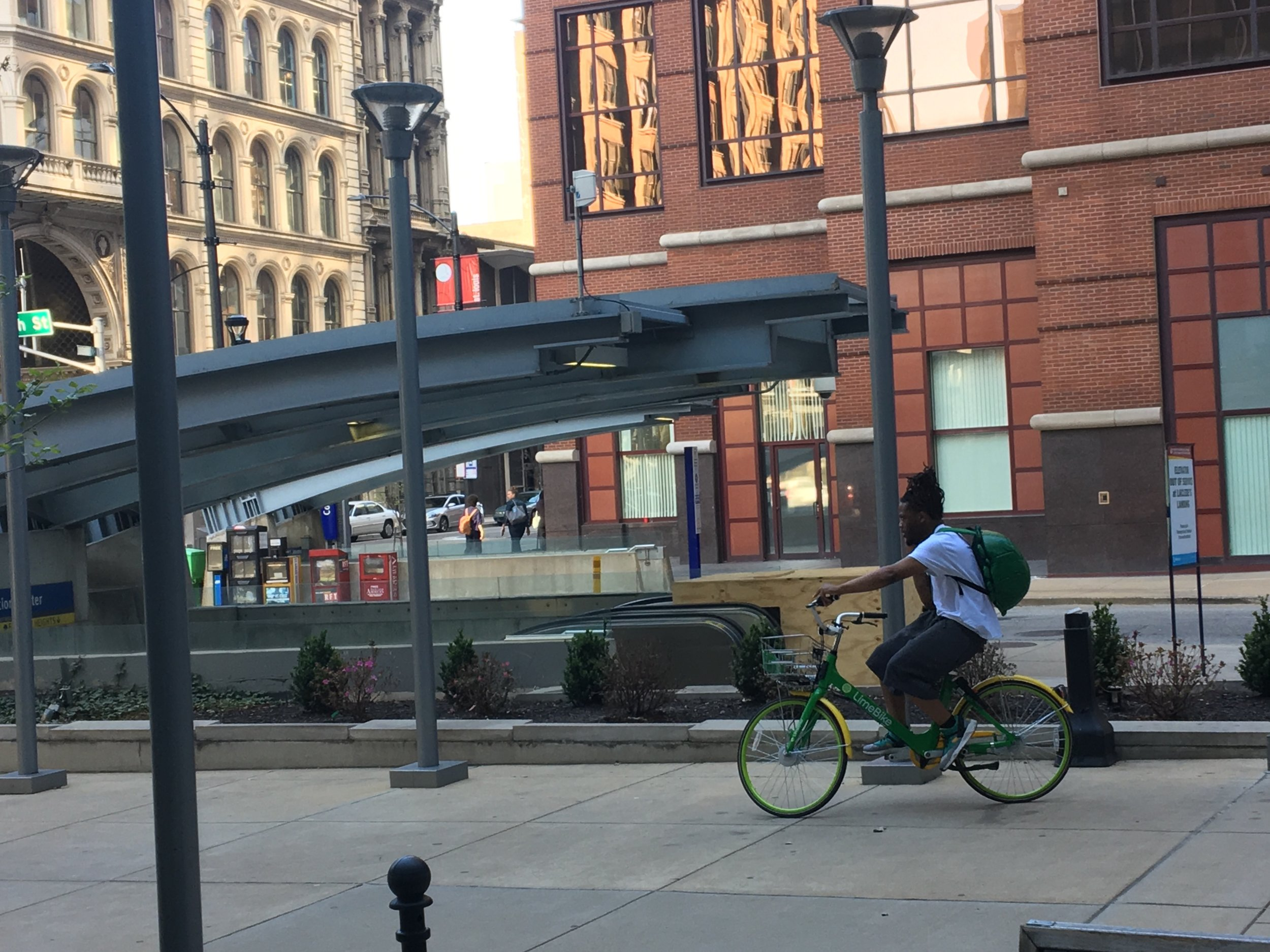 Convenience by the Metrolink stations