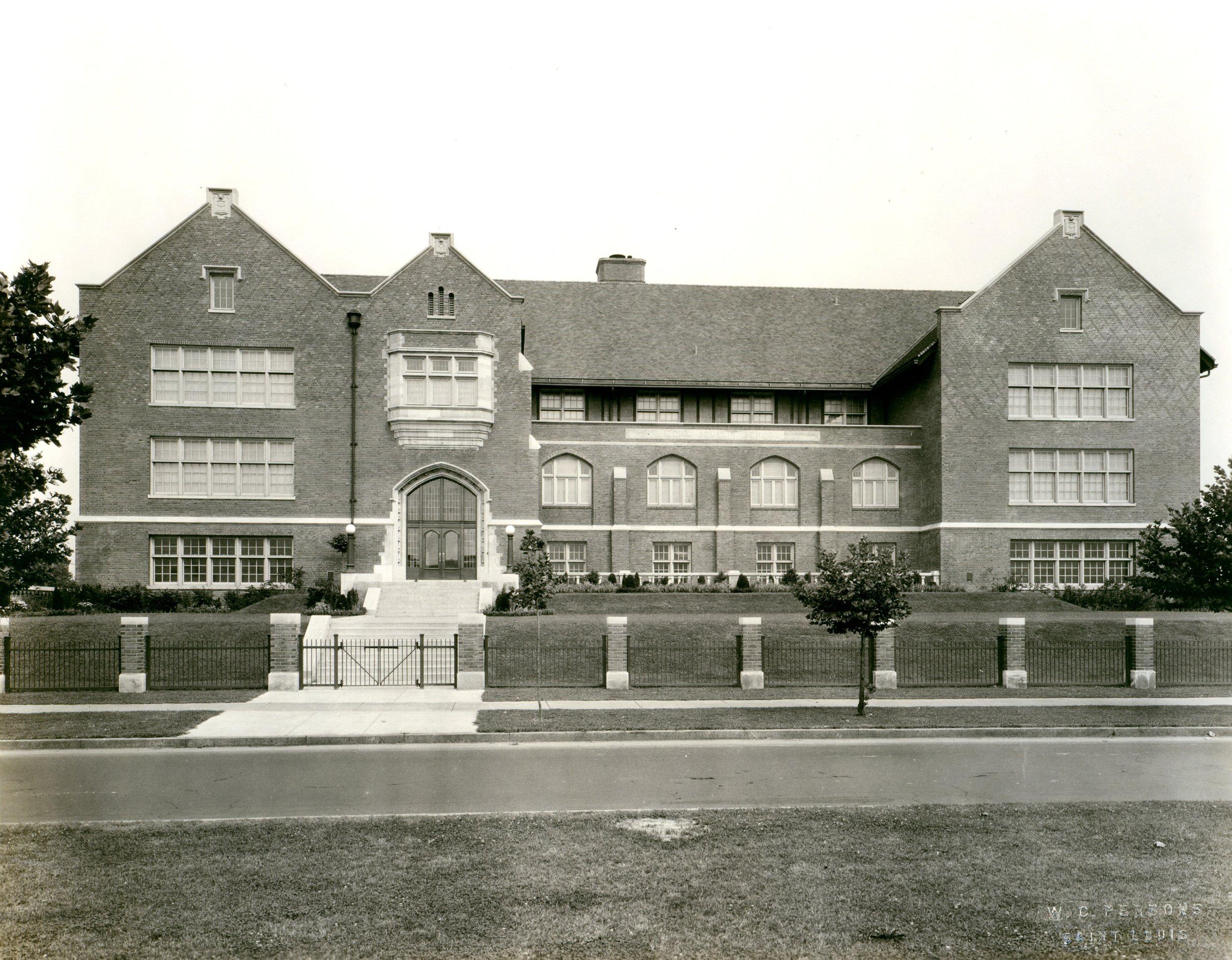 Photo Source -  Missouri Historical Society  (ca. 1928)