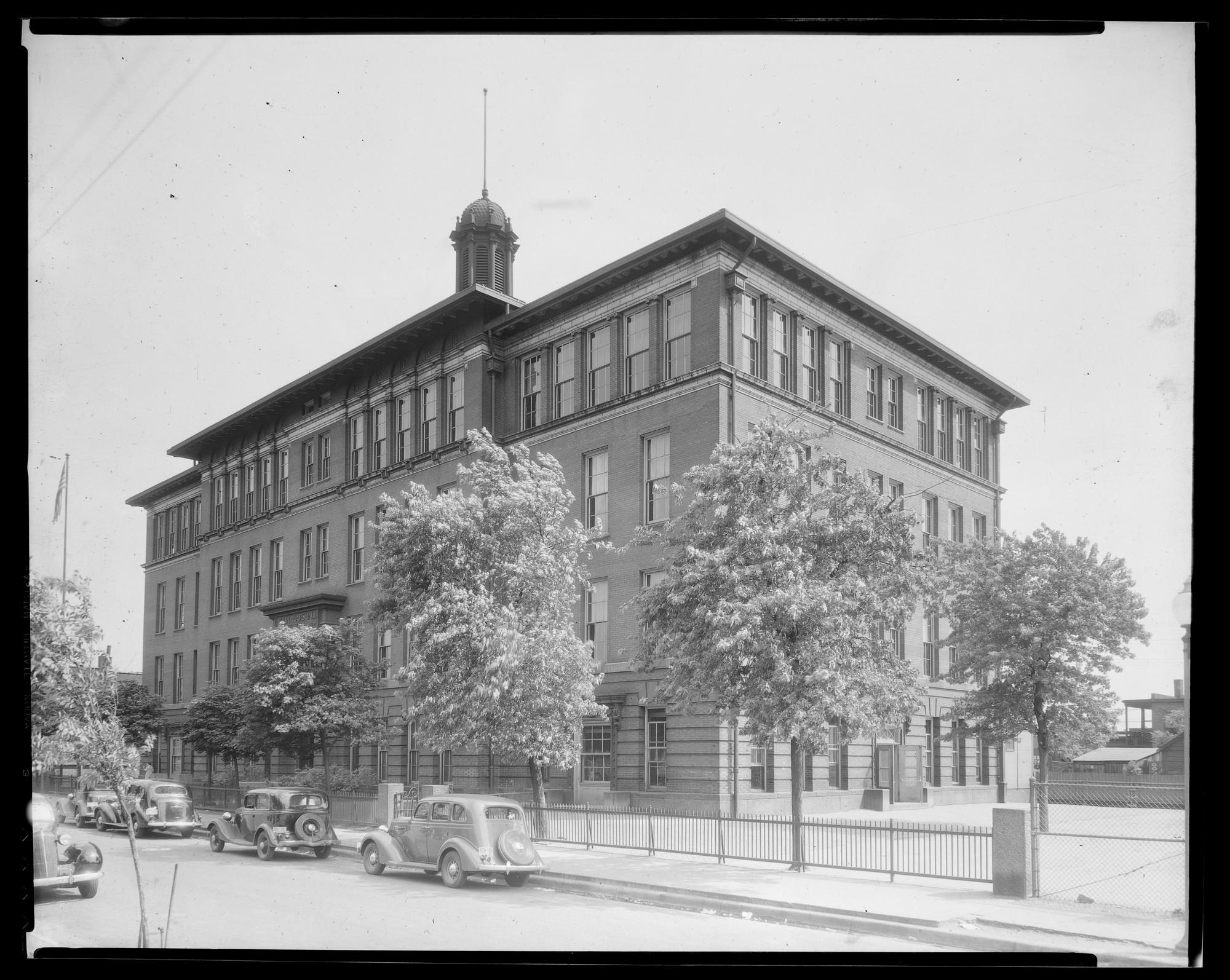 Photo Source -  Missouri Historical Society  (ca. 1936)