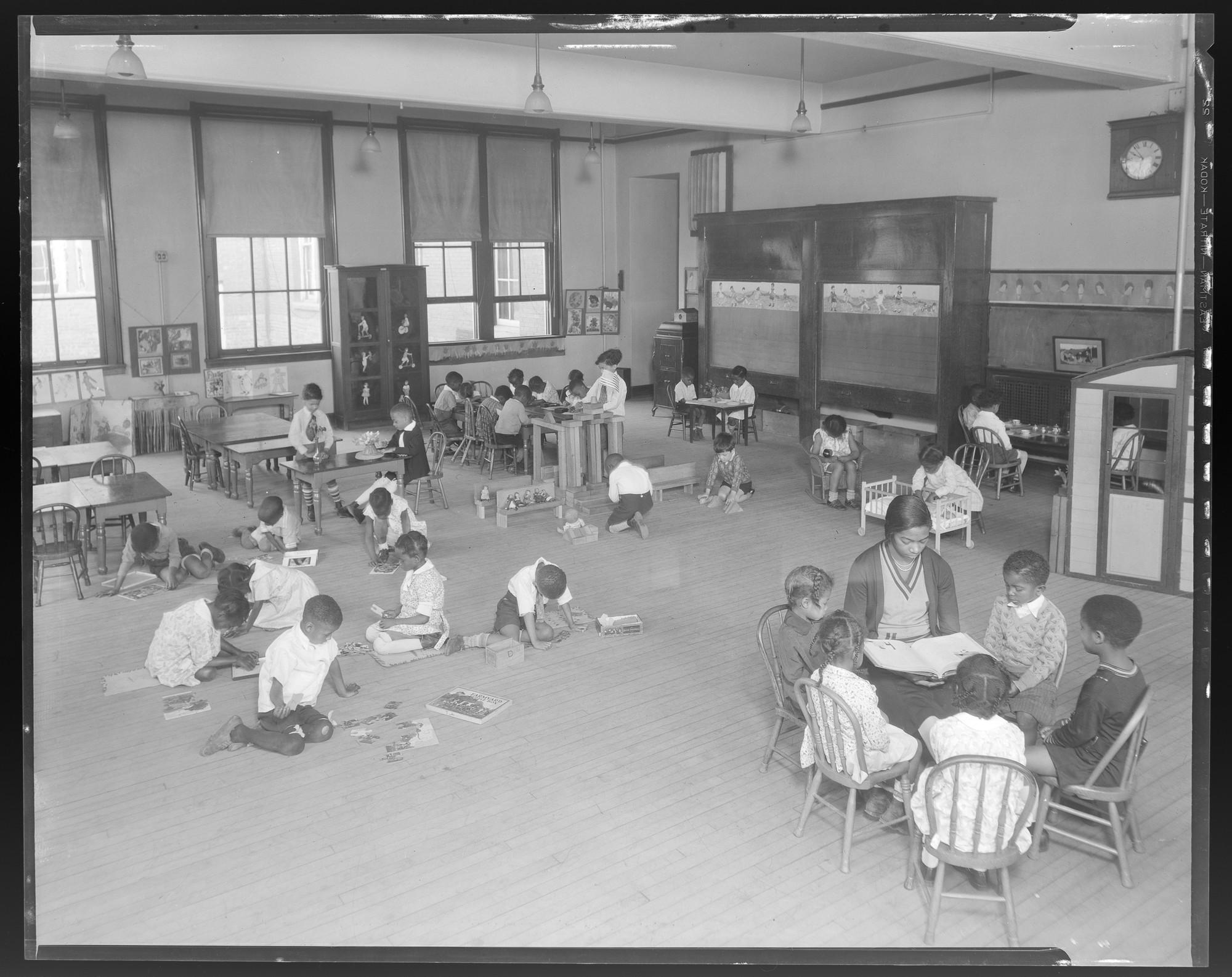 Photo source:  Missouri Historical Society  (ca. 1931)