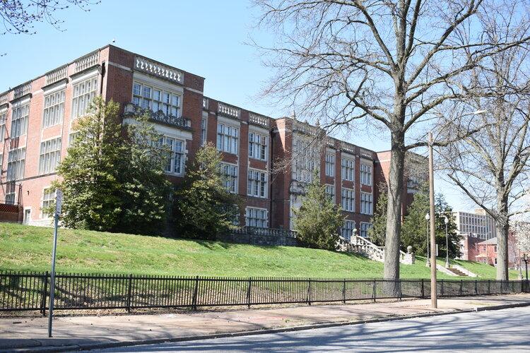 Theresa Park Lofts - 1517 S. Theresa Avenue